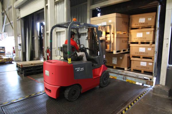 forklift usa to australia shipping
